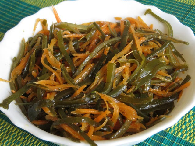 5 самых вкусных и полезных салатов из морской капусты