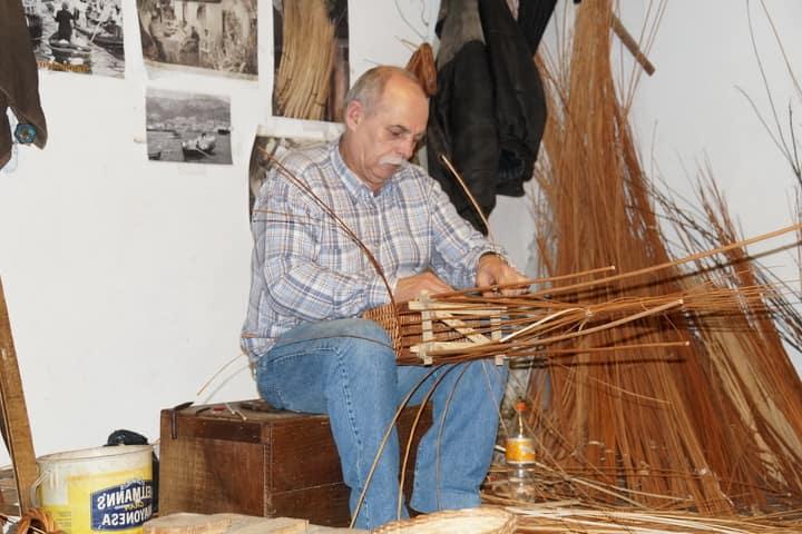 Творчество, плетение из лозы